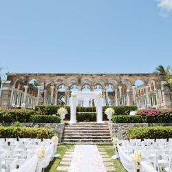 A Glam Bahamas Destination Wedding