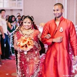 Maharaniweddings weddinggawker indian bride walks down the aisle 35564 maharaniweddings junglespirit Images