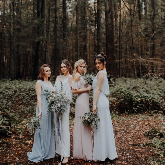 outdoor woodland wedding ideas | weddinggawker